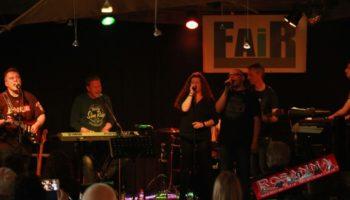 2015-05-31-Rosanna-SchortensFairCafe064